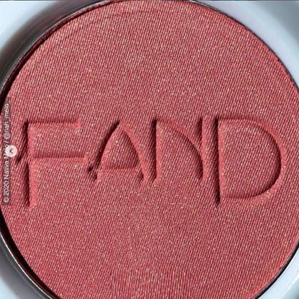 Blush em pó compacto NAH Fand Makeup acetinado