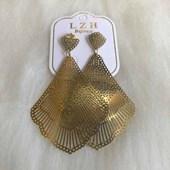 Brinco Bijouteria Modelo 26 Dourado