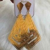 Brinco Bijouteria Modelo 31 Dourado