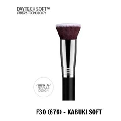 Pincel Daymakeup Flat Top  Kabuki Macio Denso Soft F 30